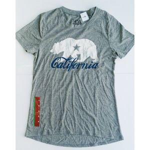NWT Modern Lux California Bear Graphic T-Shirt Med